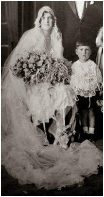 Fahsion-era wedding photo about 1928 to 1929.