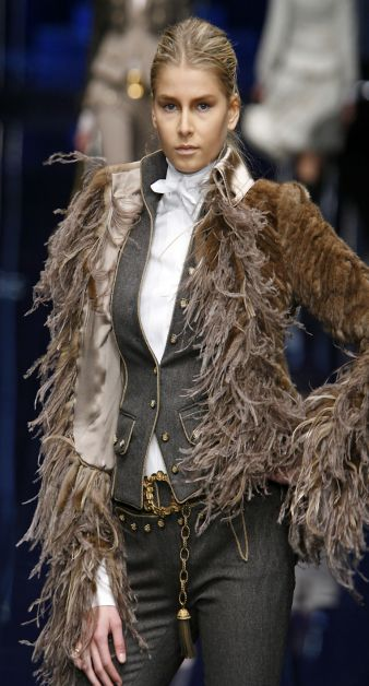 24aed58c08 Fall/Winter 2006/07 Womenís Collection. Dolce & Gabbana Mahogany mink  jacket with mink fringe