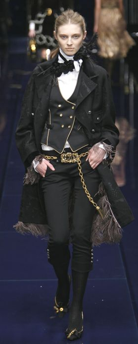 76be60c3b166 2007 Fashion Trends – Dolce Gabbana Press Report Autumn 2006 Winter ...