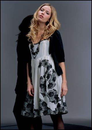 Lace appliqué dress £95/€150, Jacket £45/€70 from the Miss Selfridge AW07 range called Cream and Black.