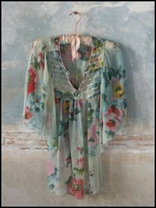 Floral trend 2008 at fashion-era.com - Pl�mo Isobel Kaftan top. Sheer silk tunic with crystal and sequin embroidered front panel, wide fluted sleeves. Floral print on vintage green colouring. �79.00 sizes 10 to 18.