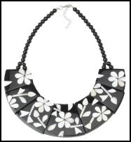 Accessorize Spring/Summer 2009 Mahiki black/white Collar Necklace £16 (€27 Eire).