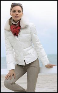 White Fur Collar Puffa Jacket Skiwear.