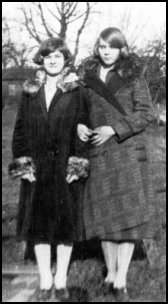 USA Sisters 1920s Wrap Coats