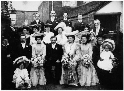 1904 Edwardian wedding group photograph of Elizabeth and James Meakin