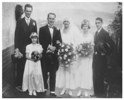 Group wedding photo  -  October 1930 Hilda's wedding.