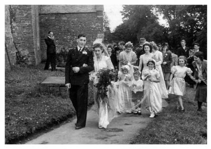 Late 1940s Post WWII Wedding Group and a Bridal Couple 1947
