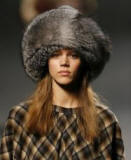 Fox fur hat - Marc Jacobs