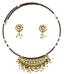 Beautiful Indian fashion jewellery necklace easy fit wire and earrings from Venkatraman Jewels of Jaipur India.