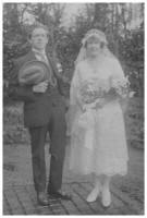 The wedding couple Edith and Bert Courtney 1923