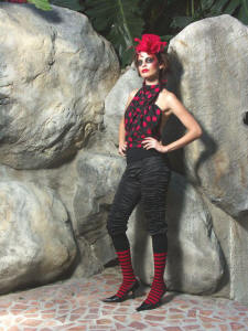 JULIET WEARING A PINaR ERIS 'EXISTENCE' FASHION CREATION 2005