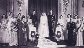 Picture of wedding group with Princess Elizabeth II and Prince Philip in 1947.