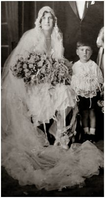 Fahsion-era wedding photo about 1928 to 1929.