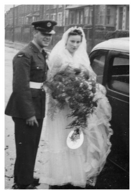 1950s Old Wedding Photos Year 1954 Bride Bridesmaids Photo