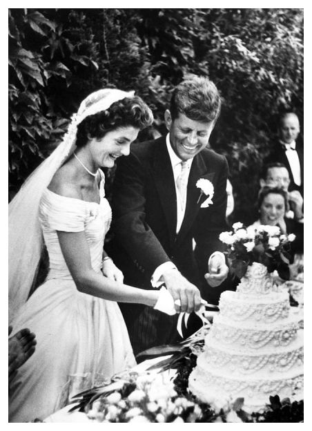 They were married in Newport Rhode Island Jackie 39s wedding dress was