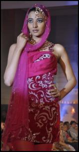 Modern Pink Kurti On Catwalk Model - Vibrant Fashion Week Gujarat India 2010